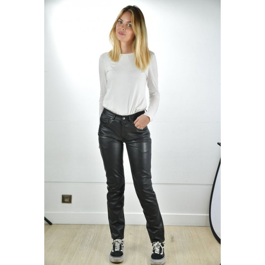 pantalon cuir coupe jean femme